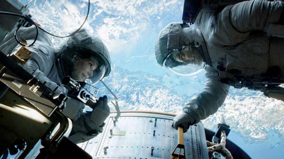 20131003_gravity_featurettethehumanexperience