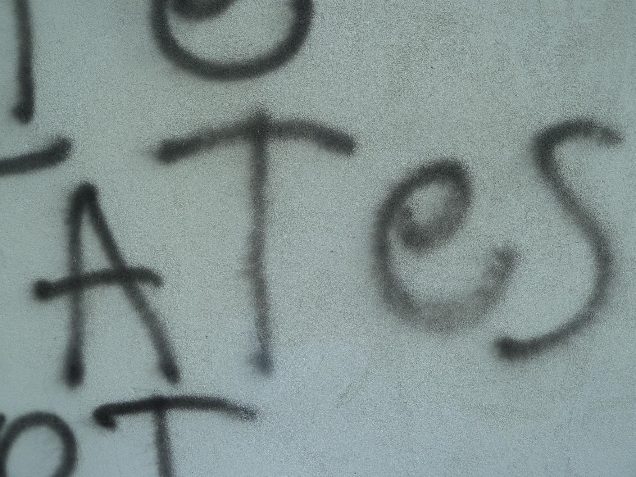 közeli (CU) 2 ~ -(A)TES