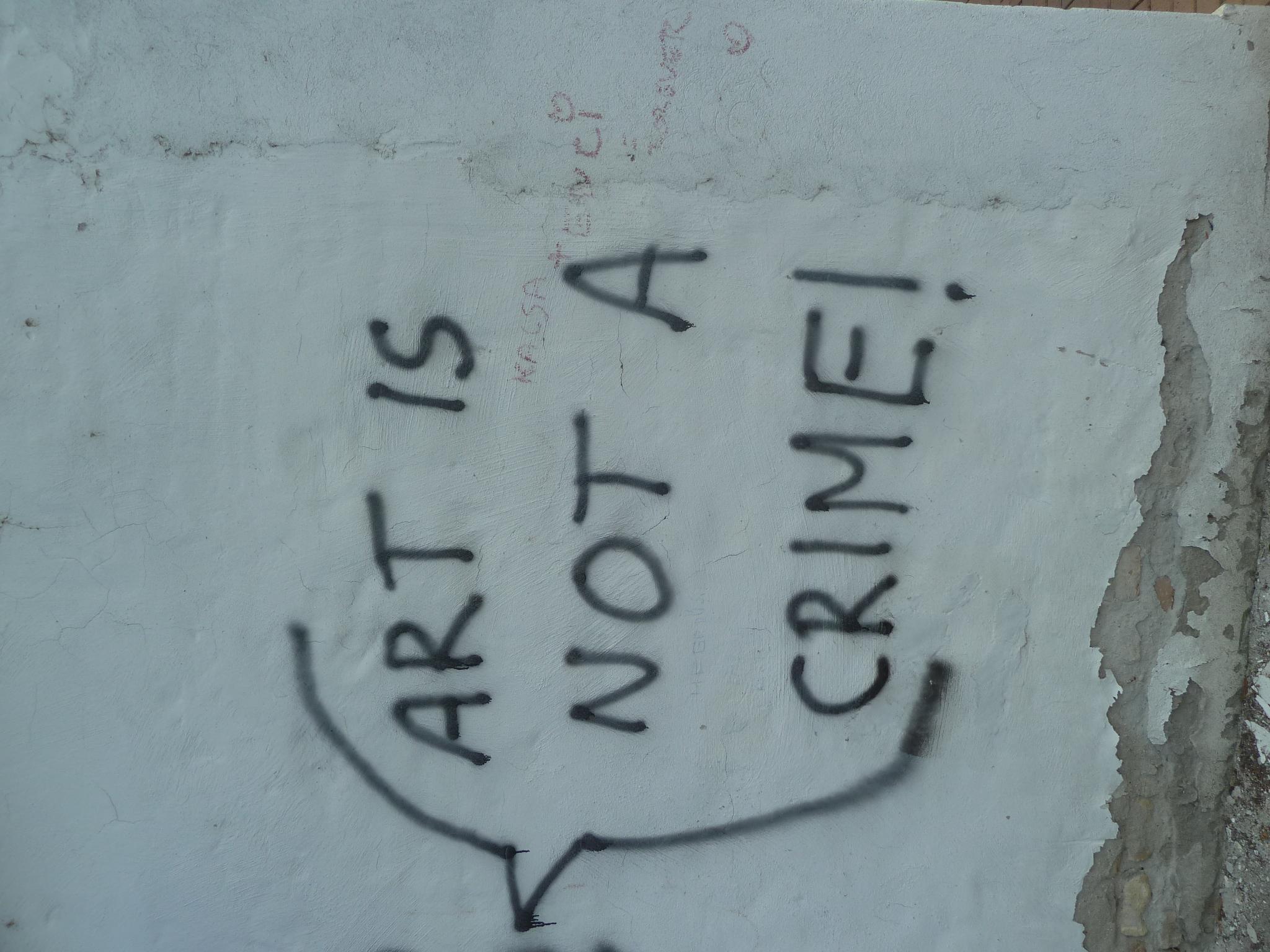 summary: life is no crime, is it? [összefoglalás: Az élet bűncselekmény?]