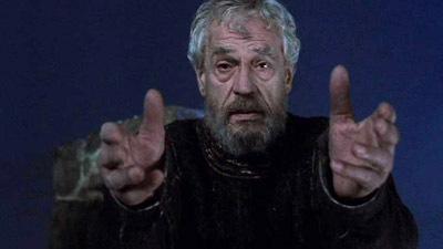 Zeffirellinél a Szellem már nem csak üvöltő árnyék, hanem Hamlet apjának külsejét viseli