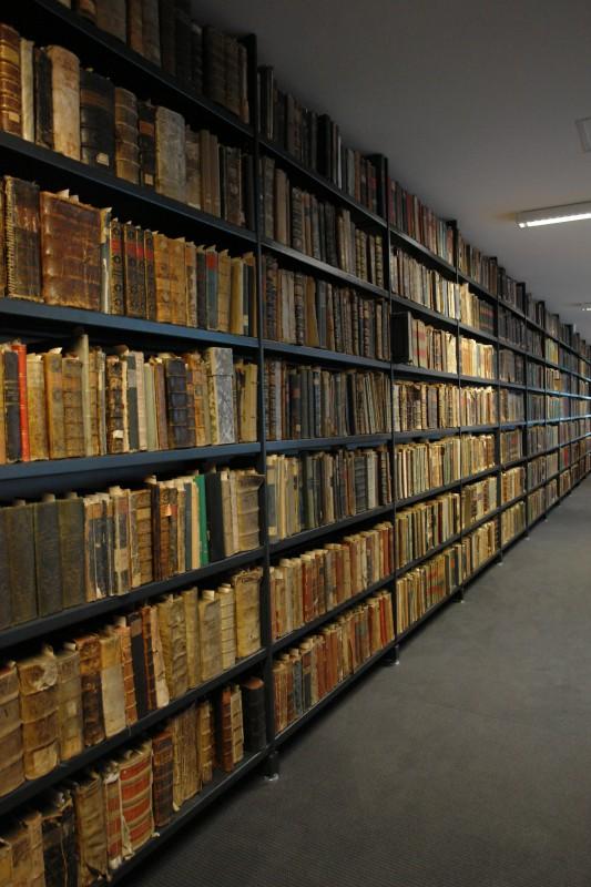 tik.régi.könyvek