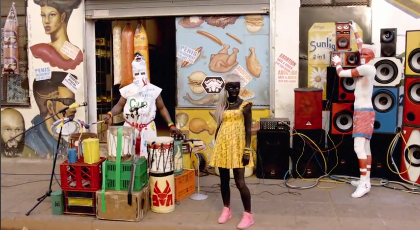 A Fatty Boom Boom videoklipjének színes világa