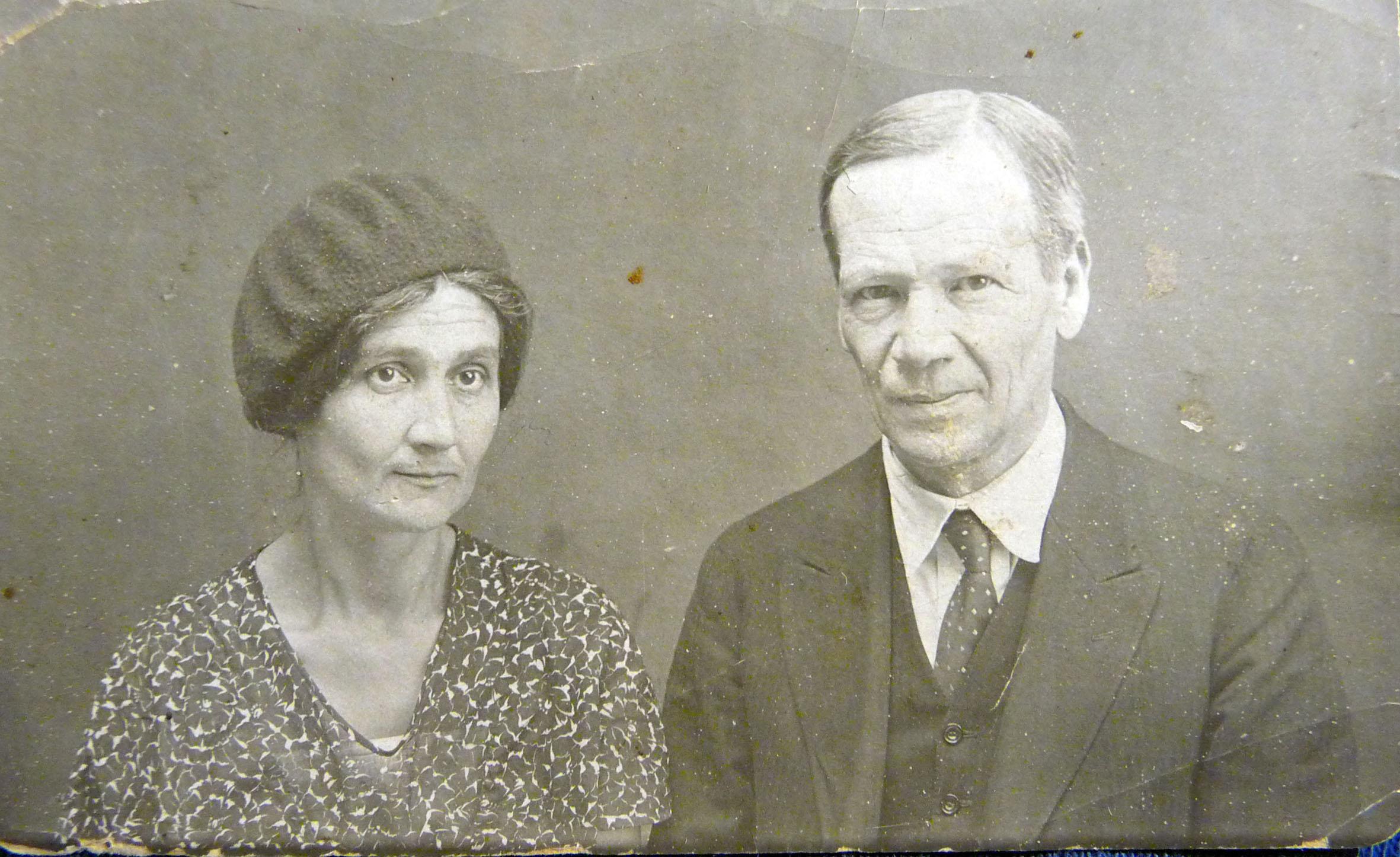 Szpet és felesége