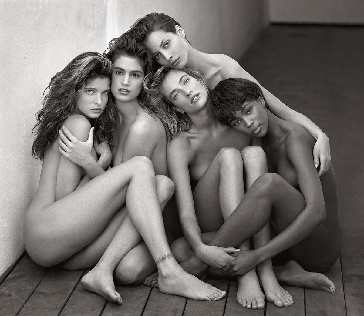 Herb Ritts: Stephanie, Cindy, Christy, Tatjana, Naomi, 1989. Museum of Fine Arts Boston.