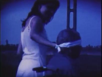 Variációk tolókocsira roncsolt kékben: A másik ember iránti féltés diadala (2000)